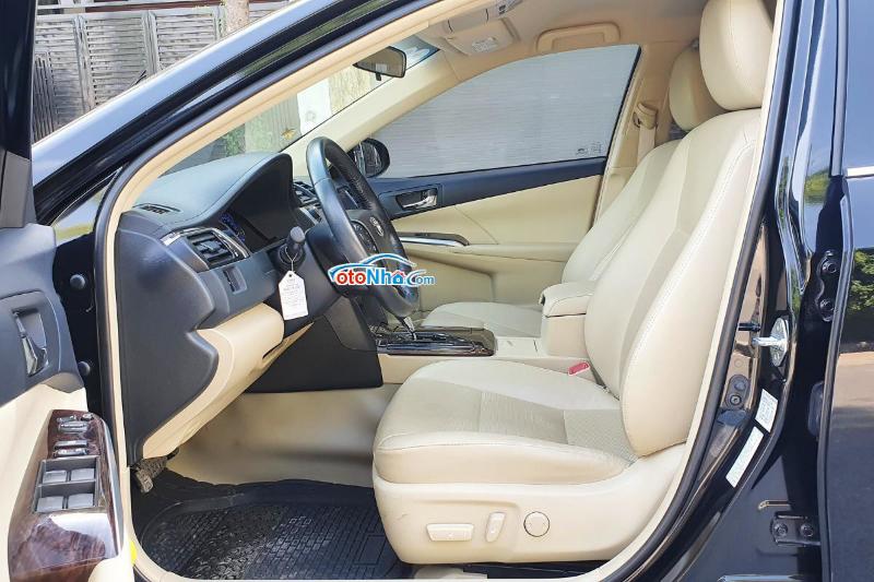 Ảnh của Toyota Camry 2.0E 2016