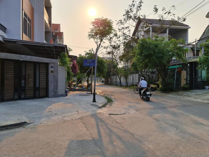 Ảnh của Bán đất mặt tiền tặng nhà cấp 4 phường vỹ dạ, tp huế