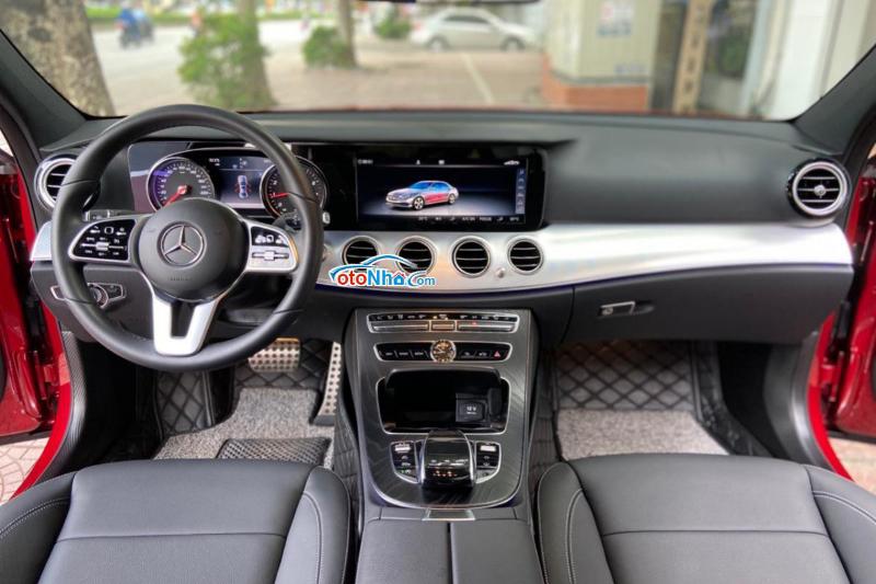 Ảnh của Mercedes E200 SPORT luxury 2020 đỏ đen siêu lướt