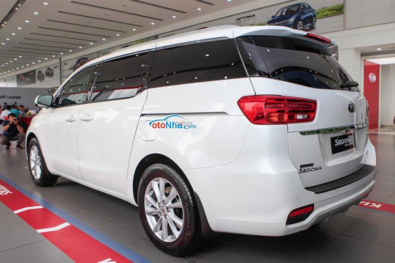 Ảnh của Kia Sedona Platinum D 2020