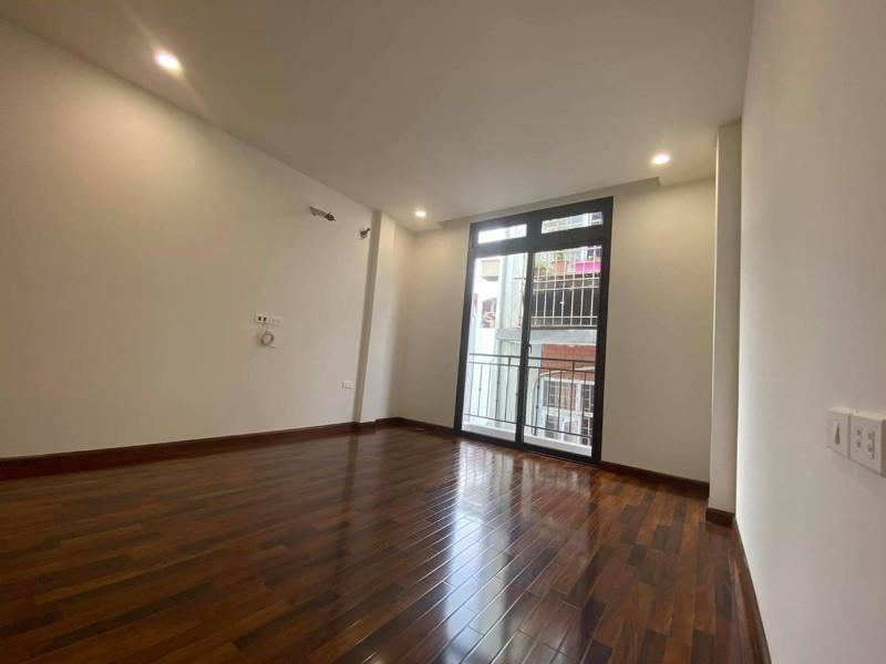 Ảnh của Cần bán nhà mới xây tại ngõ 184/, trần khát chân, hai bà trưng, hn, giá tốt