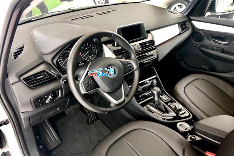 Ảnh của BMW 218i Gran Tourer 1.5L