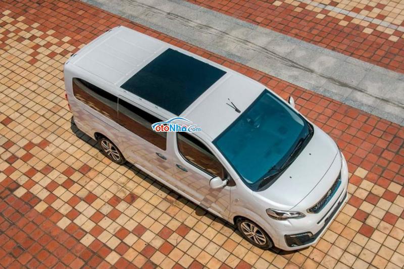 Ảnh của Peugeot Traveller LUXURY 2020
