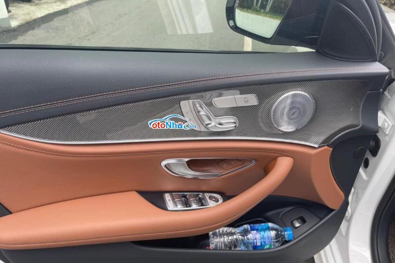 Ảnh của Mercedes E300, model 2021