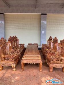 Ảnh của bộ nghê đỉnh chất liệu gỗ cẩm chỉ gồm 10 món tay 17 1 bàn to218 x82 1 đoản 212x68 4 ghế