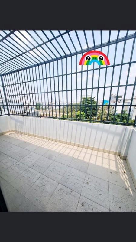 Ảnh của Nhà siêu đẹp , đúc btct 4 tầng , hxh đổ cửa , hẻm thông , f14 gò vấp , 6 phòng , chỉ 5 tỷ 9
