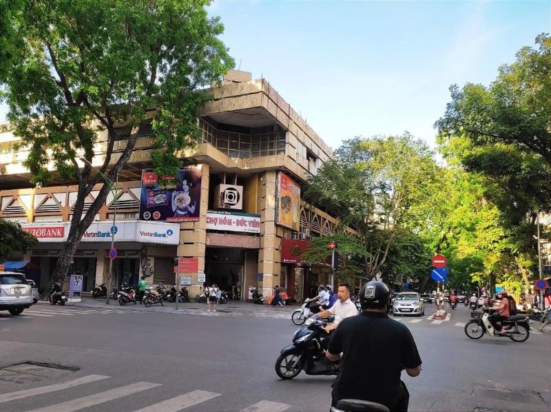 Picture of Quận hai bà trưng & quận hoàn kiếm - tòa nhà mặt phố hòa mã - dt 220m - mặt tiền 12m