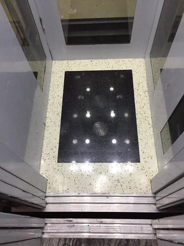Picture of [giảm 500tr] hxh lê đức thọ. 4 tầng, có thang máy. gía chỉ 4,5 tỷ còn tl. lh 0979847570
