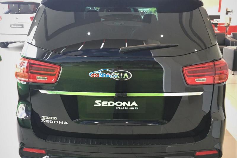 Picture of KIA SEDONA 3.3GAT PREMIUM