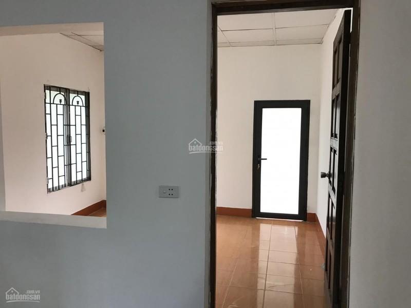 Picture of Chính chủ bán căn hộ chung cư số 213, tầng 2, c18 , nguyên hồng, thành công 1.95 tỷ.