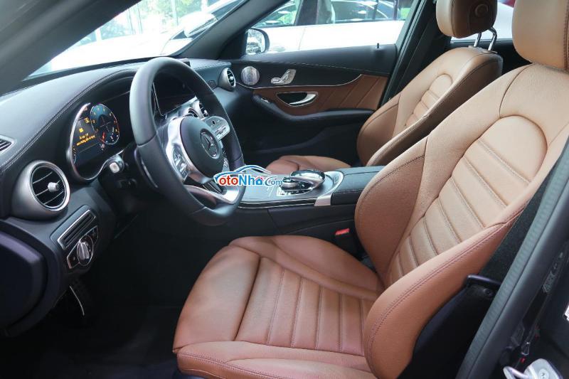 Ảnh của Mercedes C300 AMG 2021