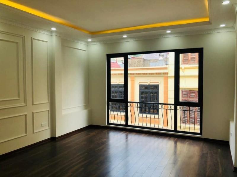 Ảnh của Bán ngấp,nhà chính chủ,7 tầng,đẹp nhất phố trần quốc hoàn-kd siêu vip-giá siêu đẹp