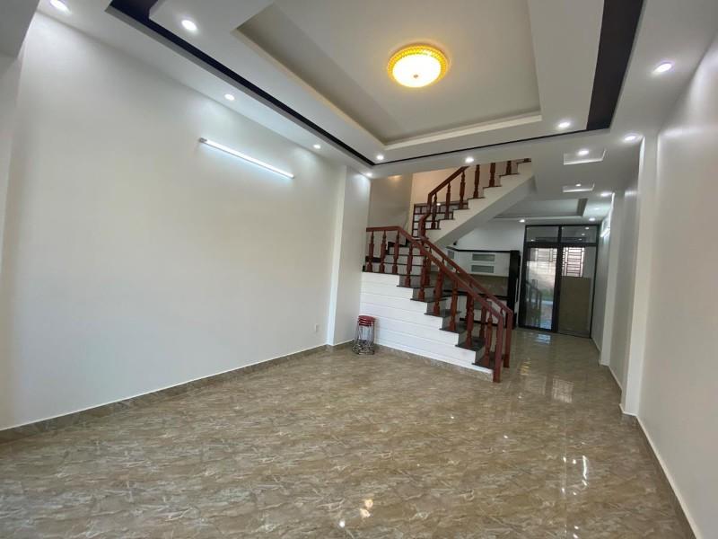 Ảnh của Bán nhà 3 tầng oto đỗ cửa cách trung tâm huyện chỉ 400m.