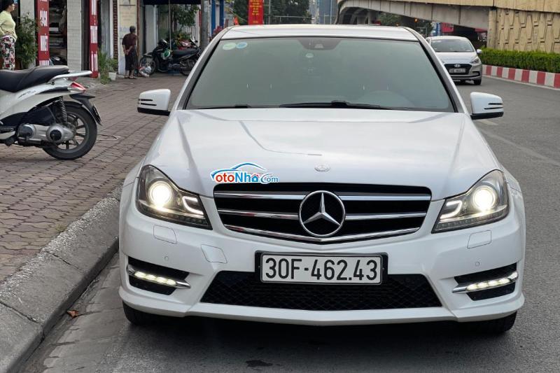 Ảnh của Mercedes C200 2013