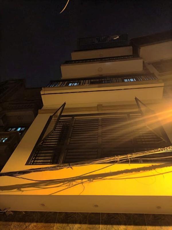 Picture of Căn nhà phố nguyễn ngọc vũ - cầu giấy 45m2, 5 tầng đẹp