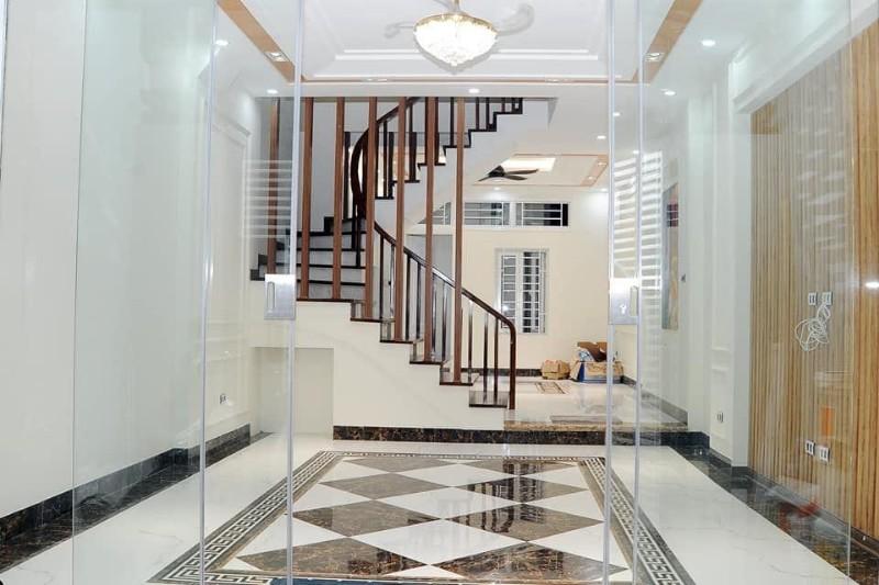 Ảnh của Bán nhà lê trọng tấn, hà đông, kinh doanh tốt, tặng nội thất xịn, 50m2, 4,3 tỷ