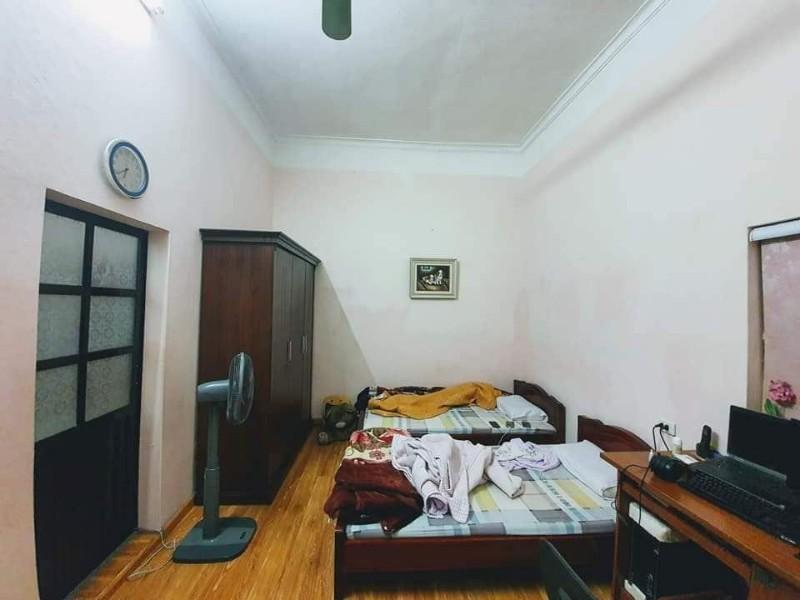 Ảnh của Bán nhà cổ kính 72m2 ngõ mazda vào nhà phố đông tác mt7,3m; kinh doanh; nhỉnh 5 tỷ-0947161359