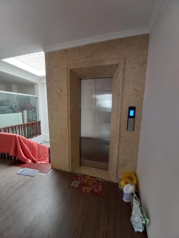 Picture of Bán nhà trần thái tông kinh doanh, 6 tầng 70m2, thang máy, giá 10,2 tỷ, lh:0947068686