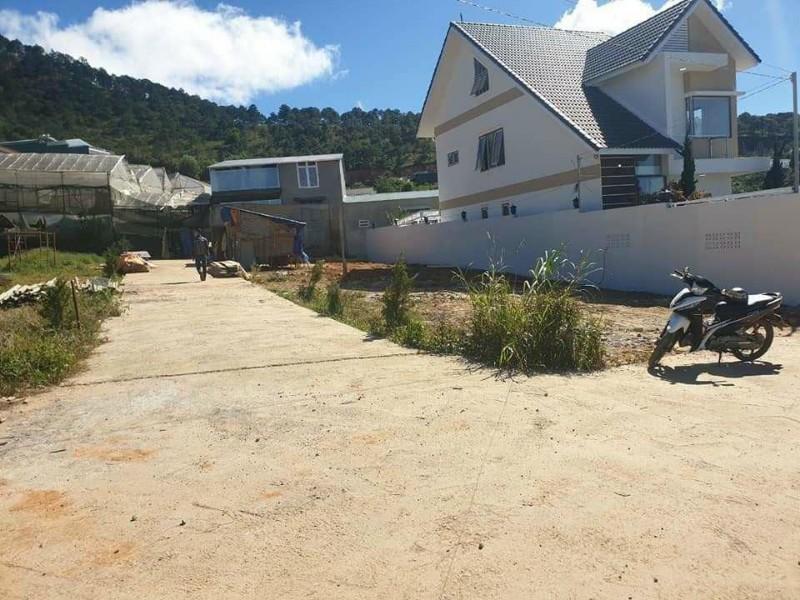 Ảnh của Giảm giá mùa dịch cho người có duyên cần bán gấp căn nhà 3 tầng mới xây tại đường vạn thành, p5, đà lạt