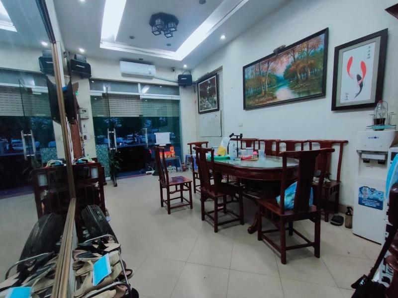 Picture of Mặt phố ngô gia tự- long biên- lô góc- kinh doanh- 40m 5t mt4m.
