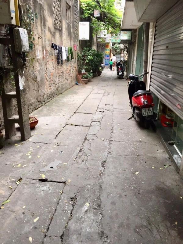 Ảnh của Bán nhà tôn thất tùng 40m2*5t – gần phố- nhà mới - ở ngay – tiện ích đỉnh – giá tốt