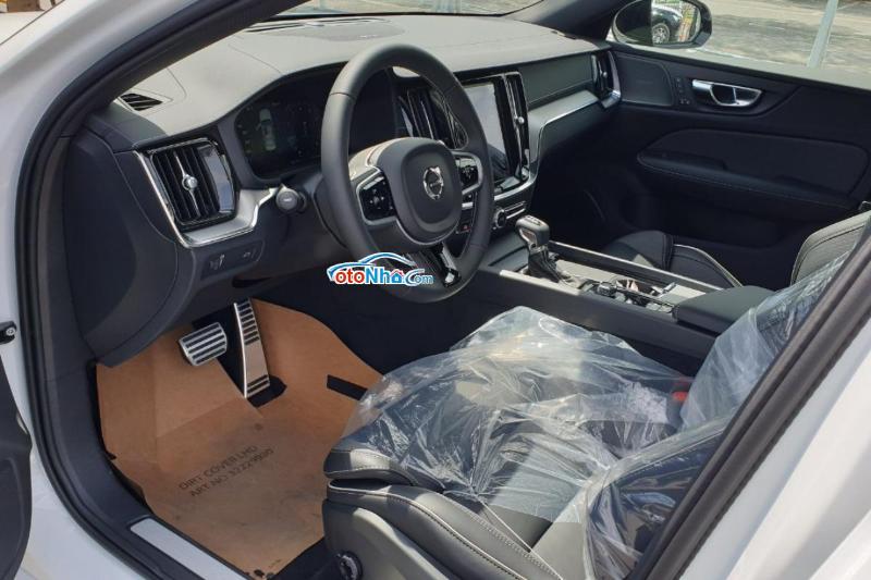 Ảnh của Volvo S60 T5 R-Design 2021