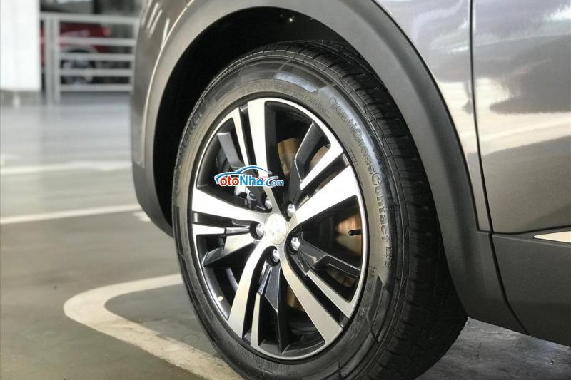 Ảnh của Peugeot 5008 AL 2020 - Màu xám