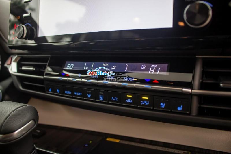 Ảnh của Toyota Sienna Platinum 2021